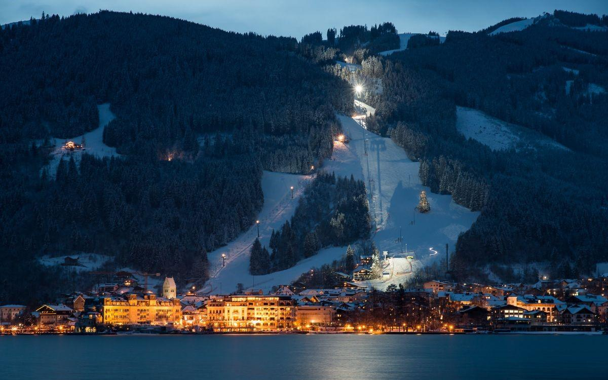 4 star Hotel in Zell am See for Sale