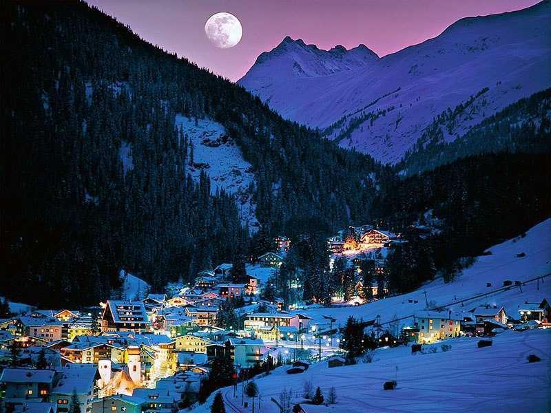Beautiful Tyrolean Hotel in St. Anton