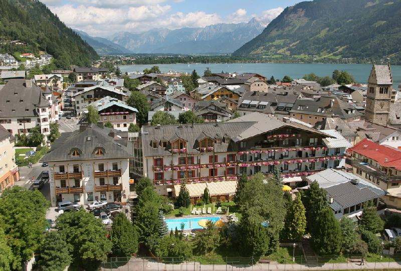 Real estate in Austria - Salzburgland - Cosy Pension in Austria For Sale - Zell am See -