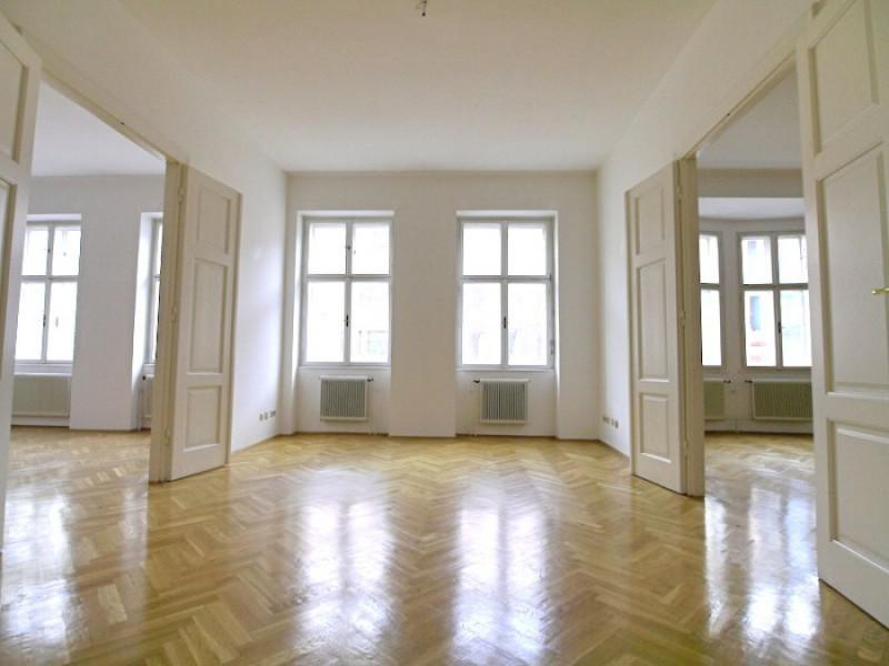 Representative apartment near Belvederegarden - Sold - Vienna - Austria