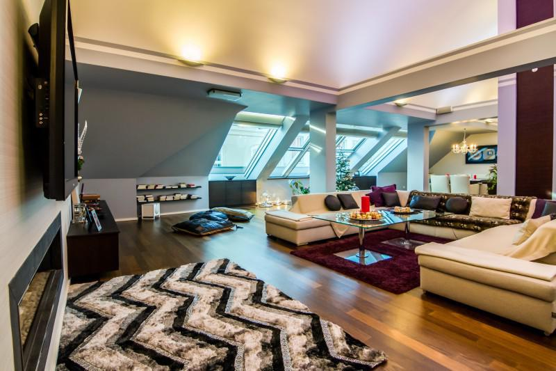 Exclusive penthouse close to Hotel Sacher for Sale