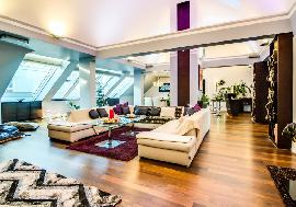 City Real Estate in Austria - Exclusive penthouse close to Hotel Sacher for sale
