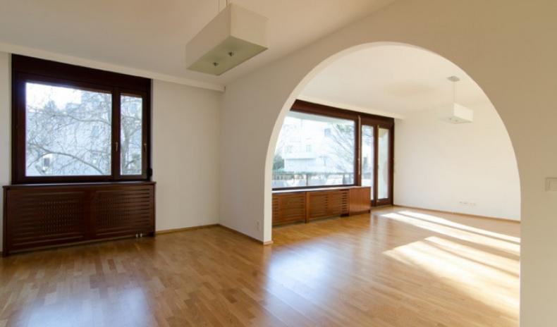 Renovated 5-rooms apartment near Türkenschanzpark
