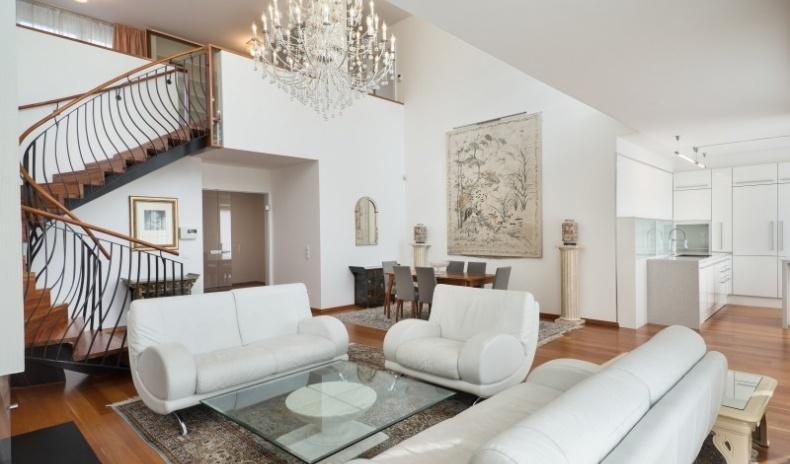 Exclusive penthouse in Vienna with terraces in prime location for Sale