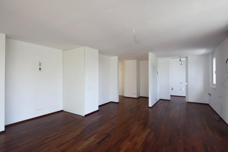 Новая панорамная квартира рядом с парком на продажу, 18-й район (Waehring)