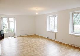 Newly renovated cosy 5-room apartment for sale