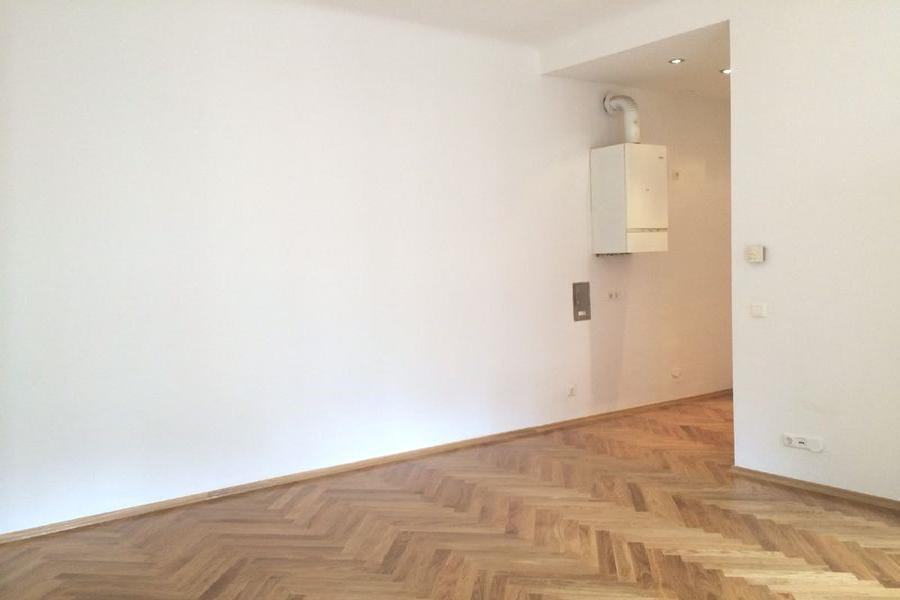 Charming apartment near Schoenbrunn for Sale