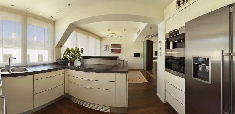 Luxury penthouse close to the Opera for Rent