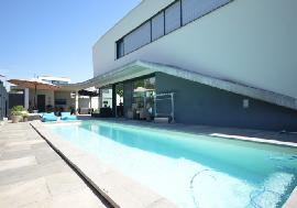Real estate in Austria - Burgenland - Architect Villa with Super Pool & Deluxe facilities For Sale - Neusiedl am See -