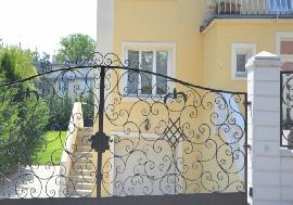 Real estate in Austria - Vienna - Sunny stilish villa with park-like garden in Vienna For Rent - 19th District (Doebling) -
