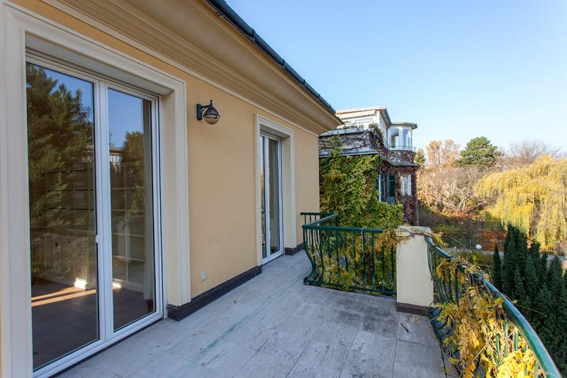 Luxury villa next to Schoenbrunn Castle for Rent