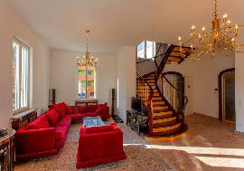 Luxury villa next to Schoenbrunn Castle For Rent - Vienna - Austria