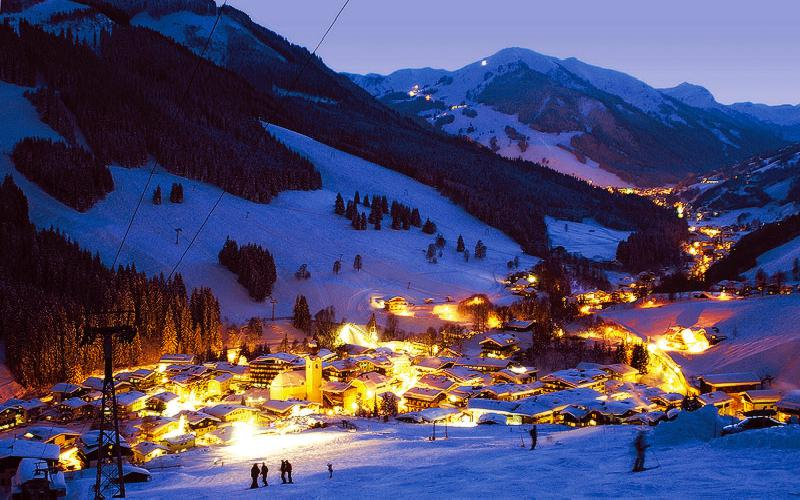 Classy Ski Hotel in Saalbach-Hinterglemm for Sale