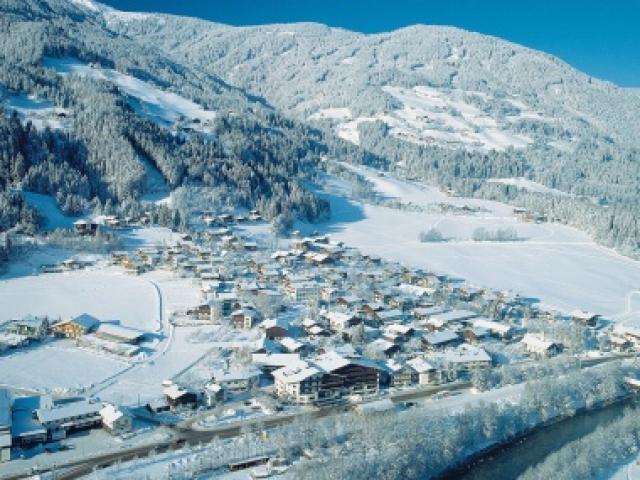 Immobilien - Wunderbares Hotel in Zillertaler Alpen in Österreich, Zillertal