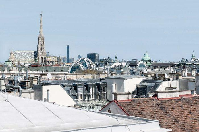 Penthouse in Vienna close to the Opera for Sale