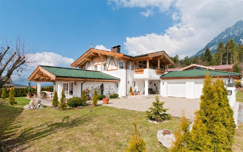 Spacious mansion in Ellmau for Sale