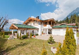 Spacious mansion in Ellmau, Ellmau - for sell