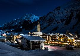 Real Estate in Austria for Holiday - Three bedrooms apartment in Lech am Arlberg for sale