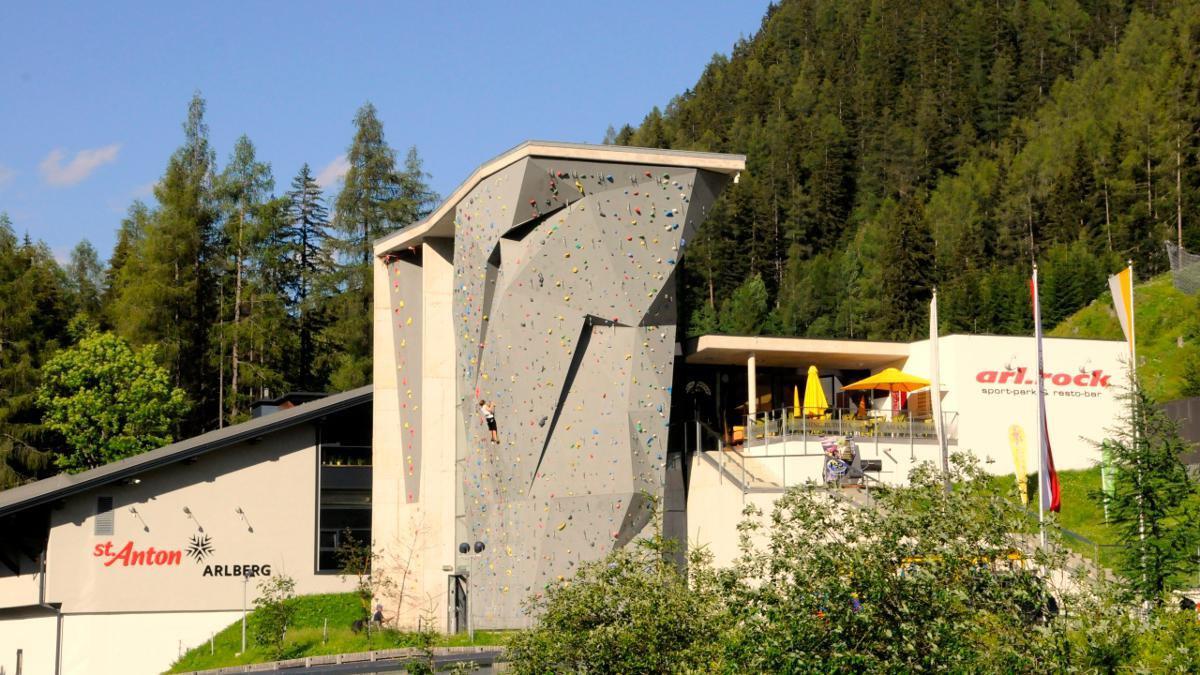 Immobilien - 4 Sterne Hotel in St. Anton am Arlberg, St. Anton am Arlberg