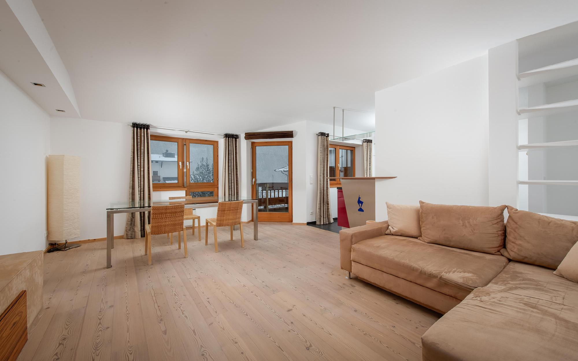 Fantastic top floor apartment in Aurach near Kitzbühel for Sale