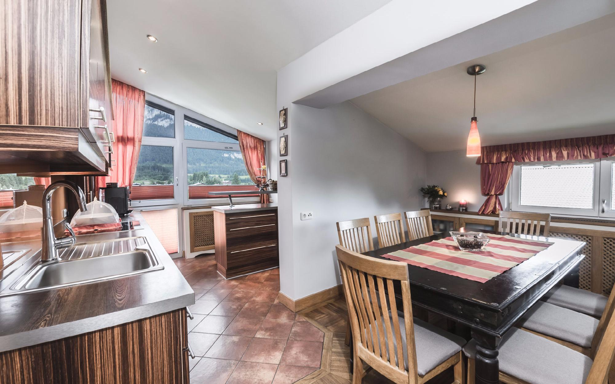 Family-friendly attic floor apartment in St. Johann in Tyrol SOLD - Austria - Tirol