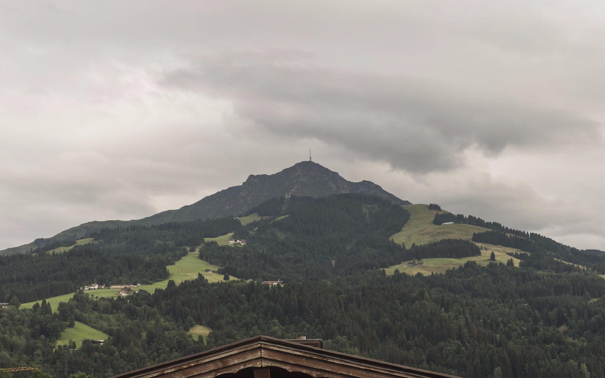 Immobilien - Familienfreundliche Dachgeschosswohnung in St. Johann in Tirol, St. Johann in Tirol