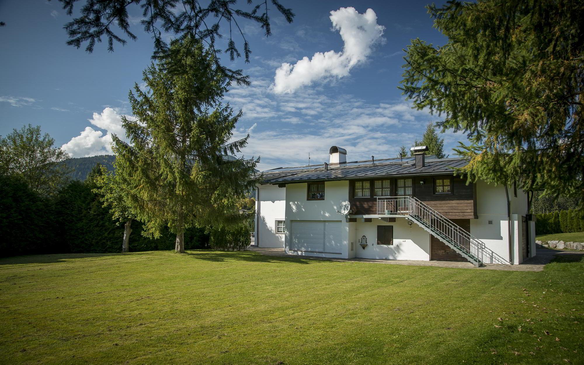 Красивый участок с домом на озере Шварцзее на продажу, Китцбюэль