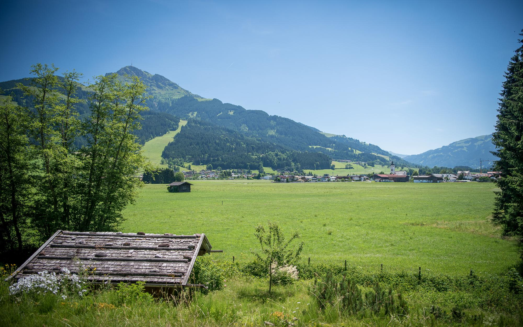 Idyllic plot with rustic farmhouse in Oberndorf For Sale - Austria - Tirol