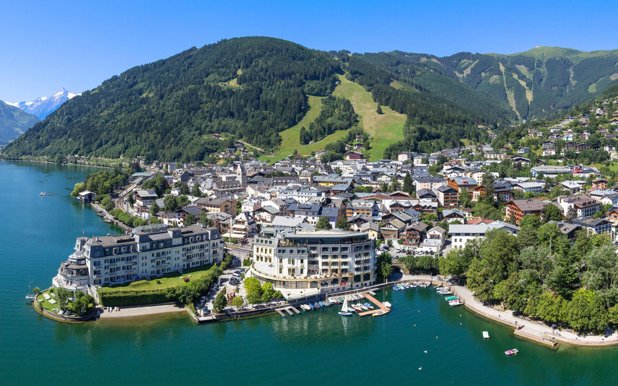 Property with unobstructable lake view in Zell am See Reserved - Salzburgland - Austria