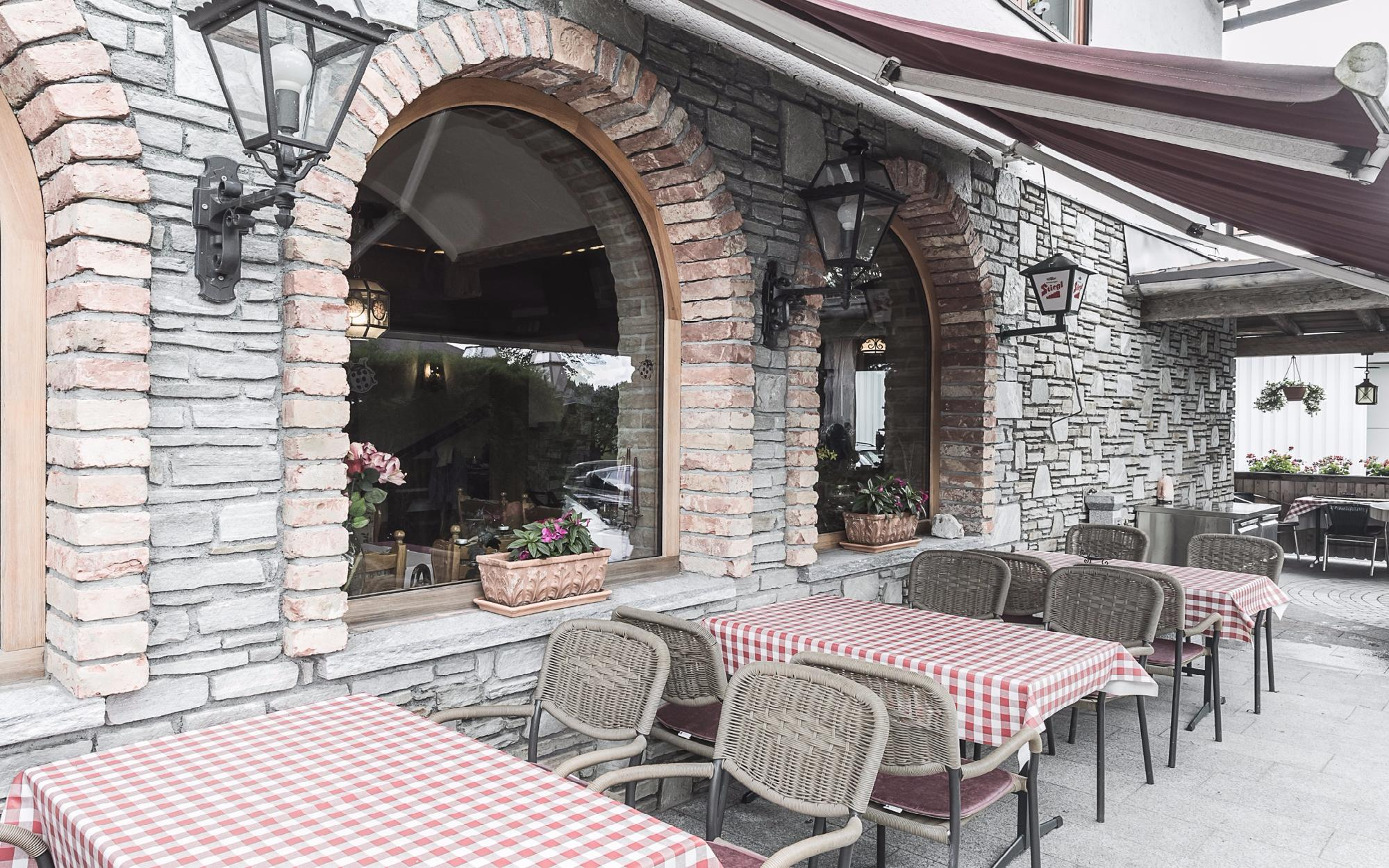 Restaurant in a frequented location of St. Johann in Tyrol for Sale