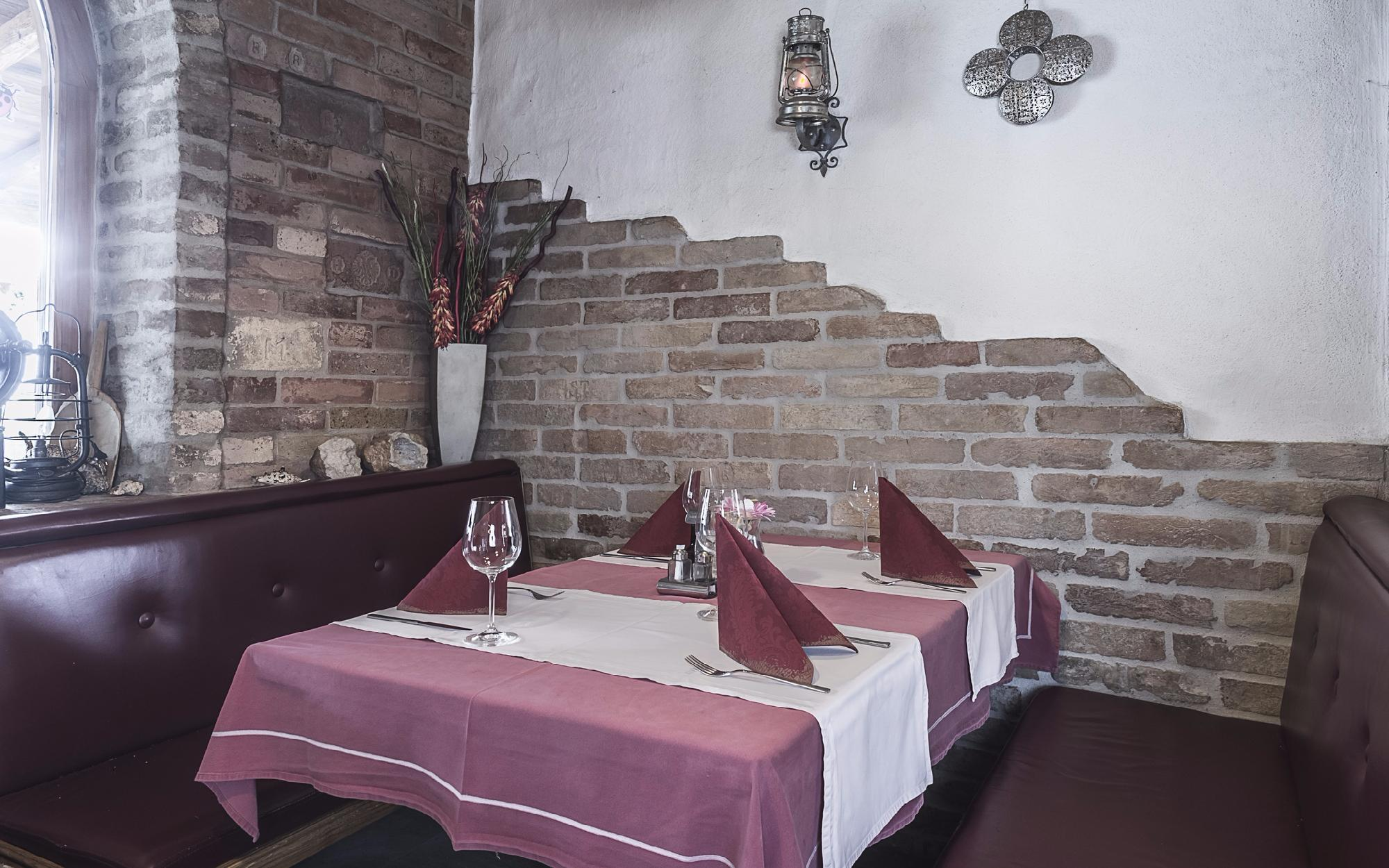 Restaurant in a frequented location of St. Johann in Tyrol