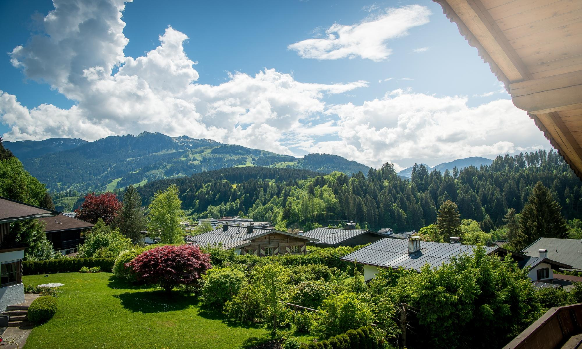 Spacious chalet in a sunny location of Kitzbühel for Sale - Tirol - Austria