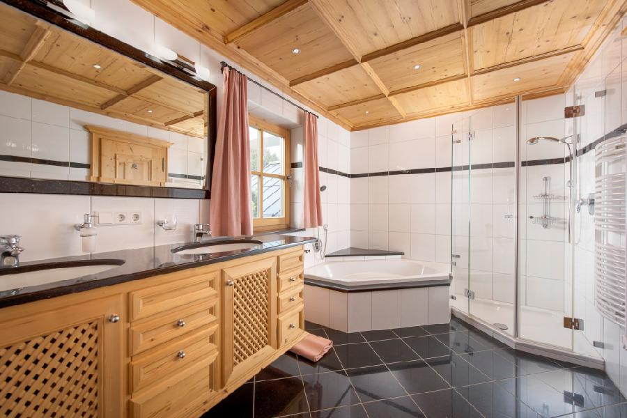 Отличный дом в Китцбюэле недалеко от озера на продажу, Китцбюэль
