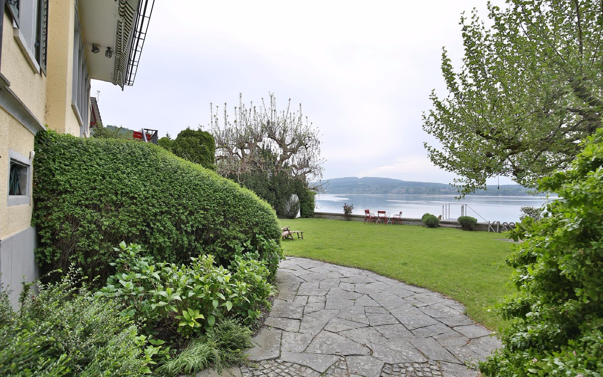 Historic Villa directly on the beautiful Lake Bodensee for Sale