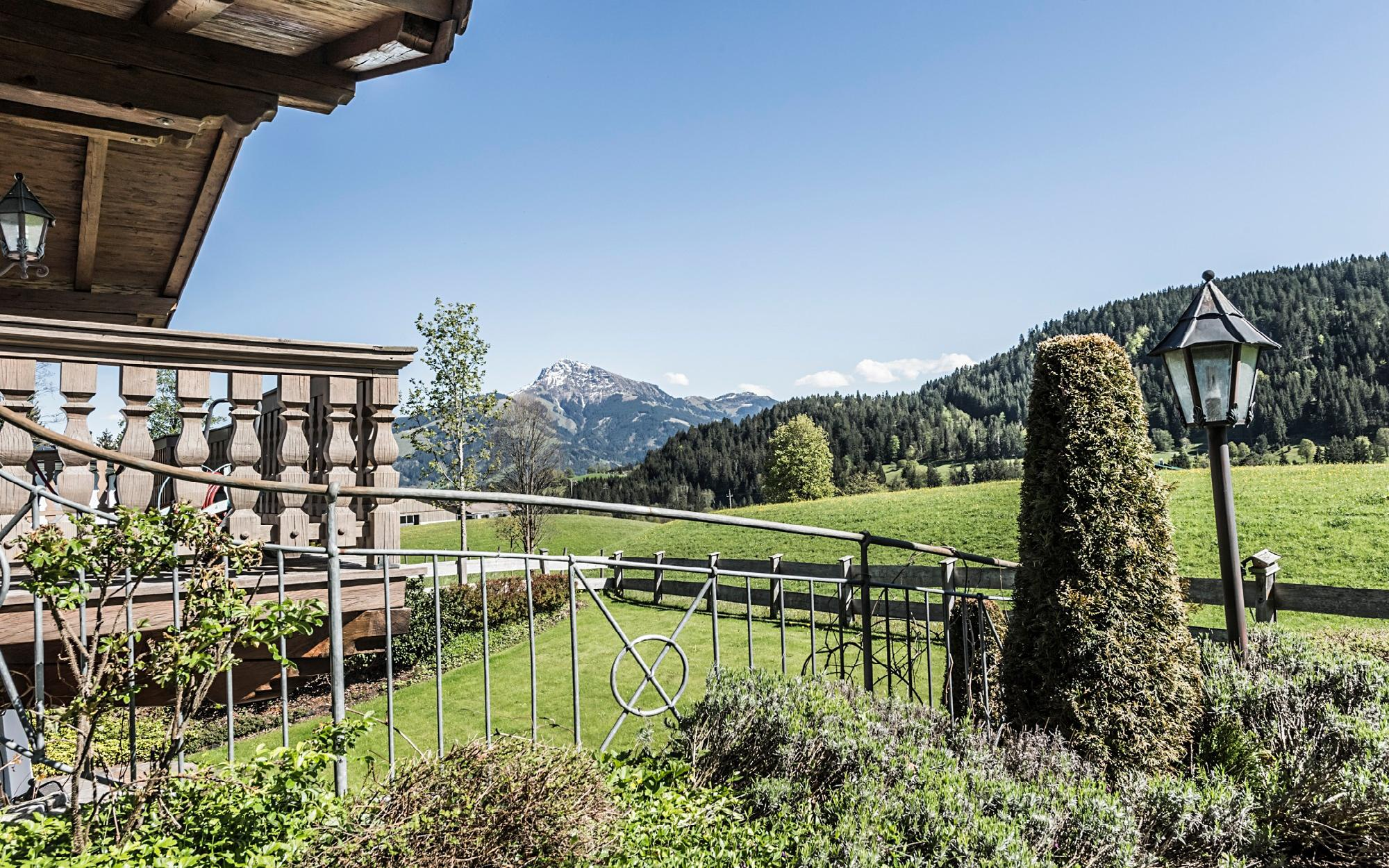 Immobilien - Moderne trifft auf Tiroler Tradition in 1A Lage von Going, Going am Wilden Kaiser