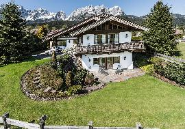 Real estate in Austria - Tyrolean Traditional Chalet in a prime location of Going For Sale - Going am Wilden Kaiser - Tirol