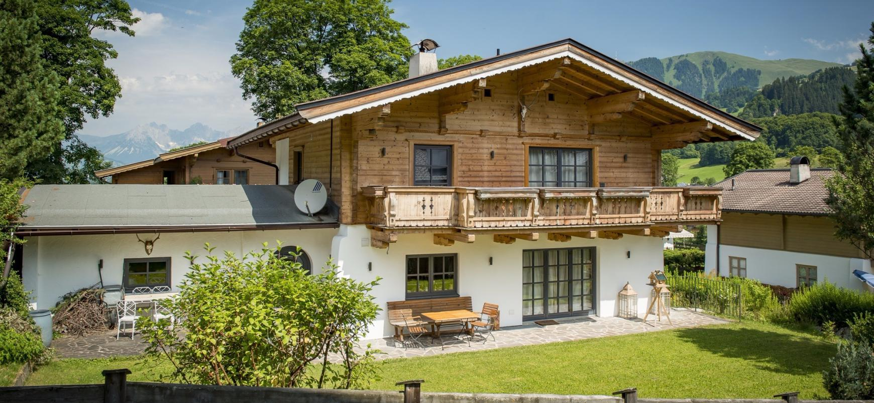 Charming chalet in Aurach bei Kitzbuhel for Sale