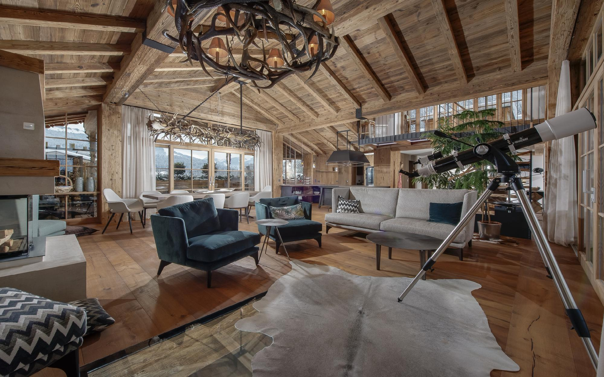 Splendid mountain residence near golf course on Schwarzsee For Sale - Kitzbuehel