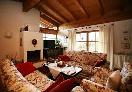 Cosy chalet in Kitzbühel with panoramic views, Kitzbuehel - for sell