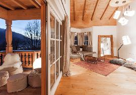 High class country house with a magnificent view, Kirchberg - for sell