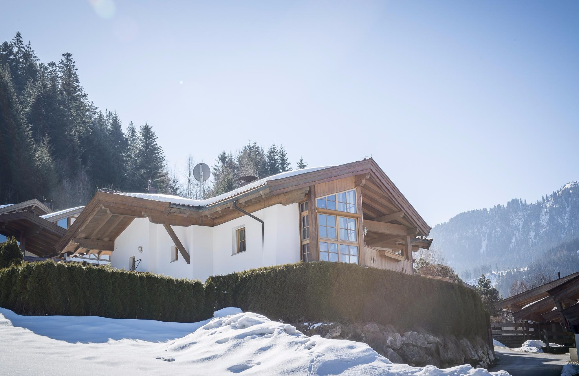 Immobilien - Traditionelles Landhaus in der Nähe des Kitzbüheler Schwarzsees, Kitzbuehel