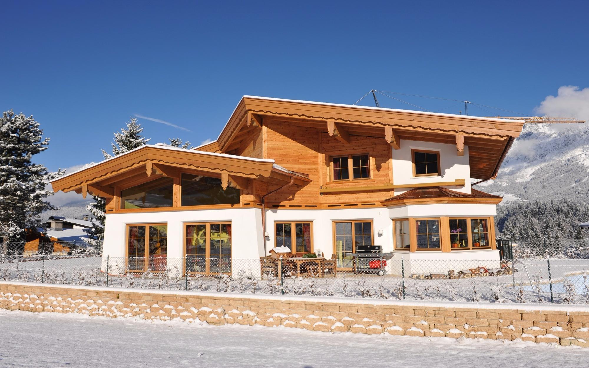 Immobiliare in Austria - `Ski in - Ski out` House between Going & Ellmau
