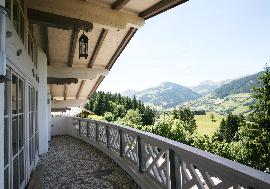 Real Estate in Austria - Luxury Chalet in a premium area of Kitzbuehel