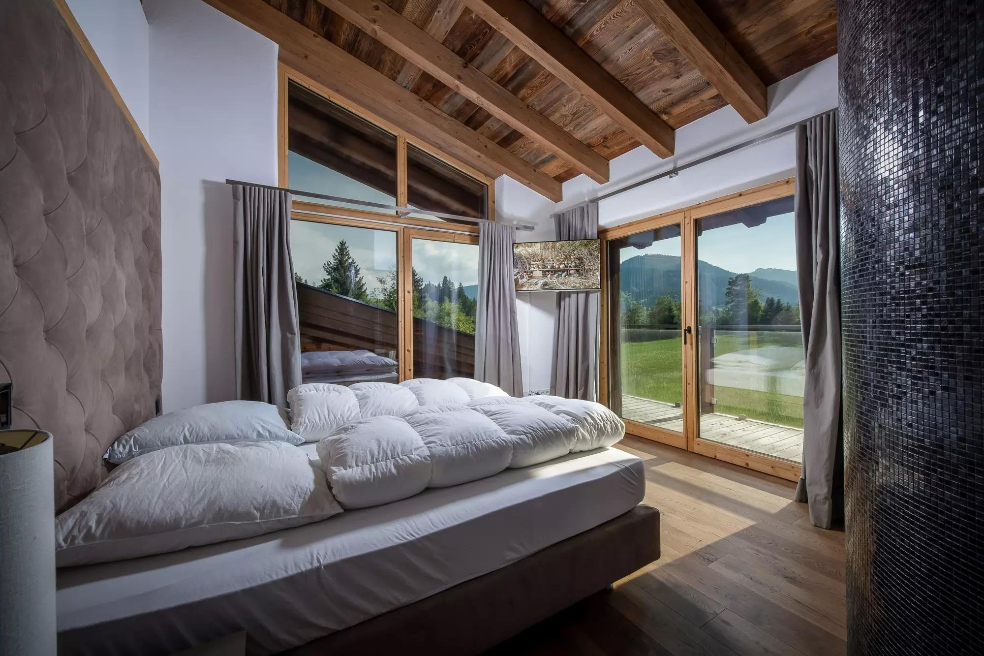 Stylish alpine chalet in a quiet location with view of Going for Sale