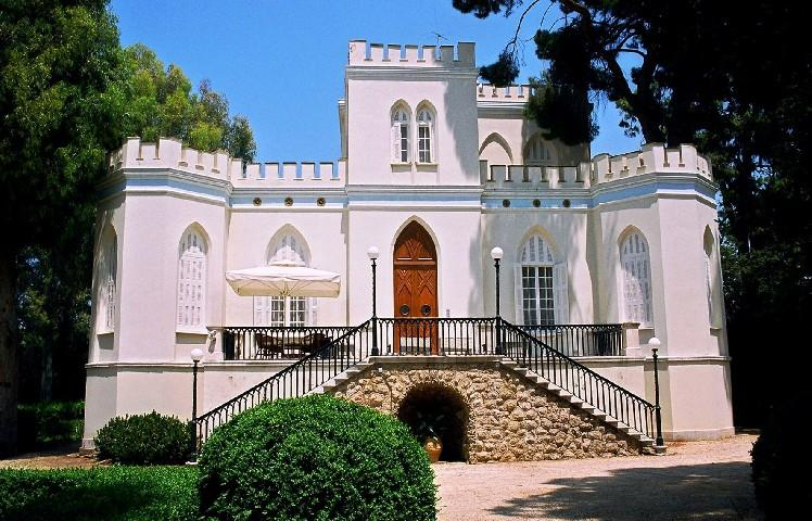 Unique neoclassic waterfront masterpiece for Sale - Greece
