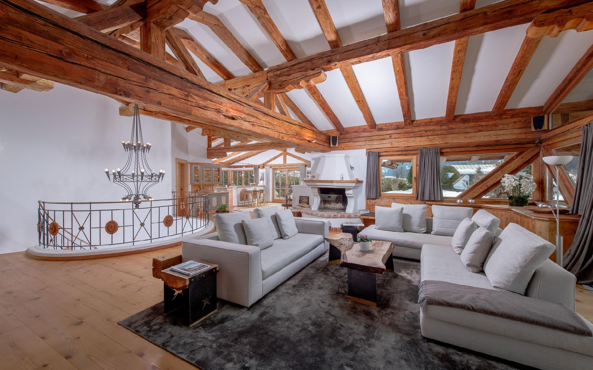 Enchanting Alpine chalet in an excellent location of Kitzbühel For Sale - Kitzbuehel