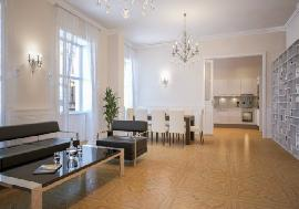 Real estate in Austria - Vienna - Exclusive luxurious apartment in Vienna centre For Sale - 1st District (Innere Stadt) -