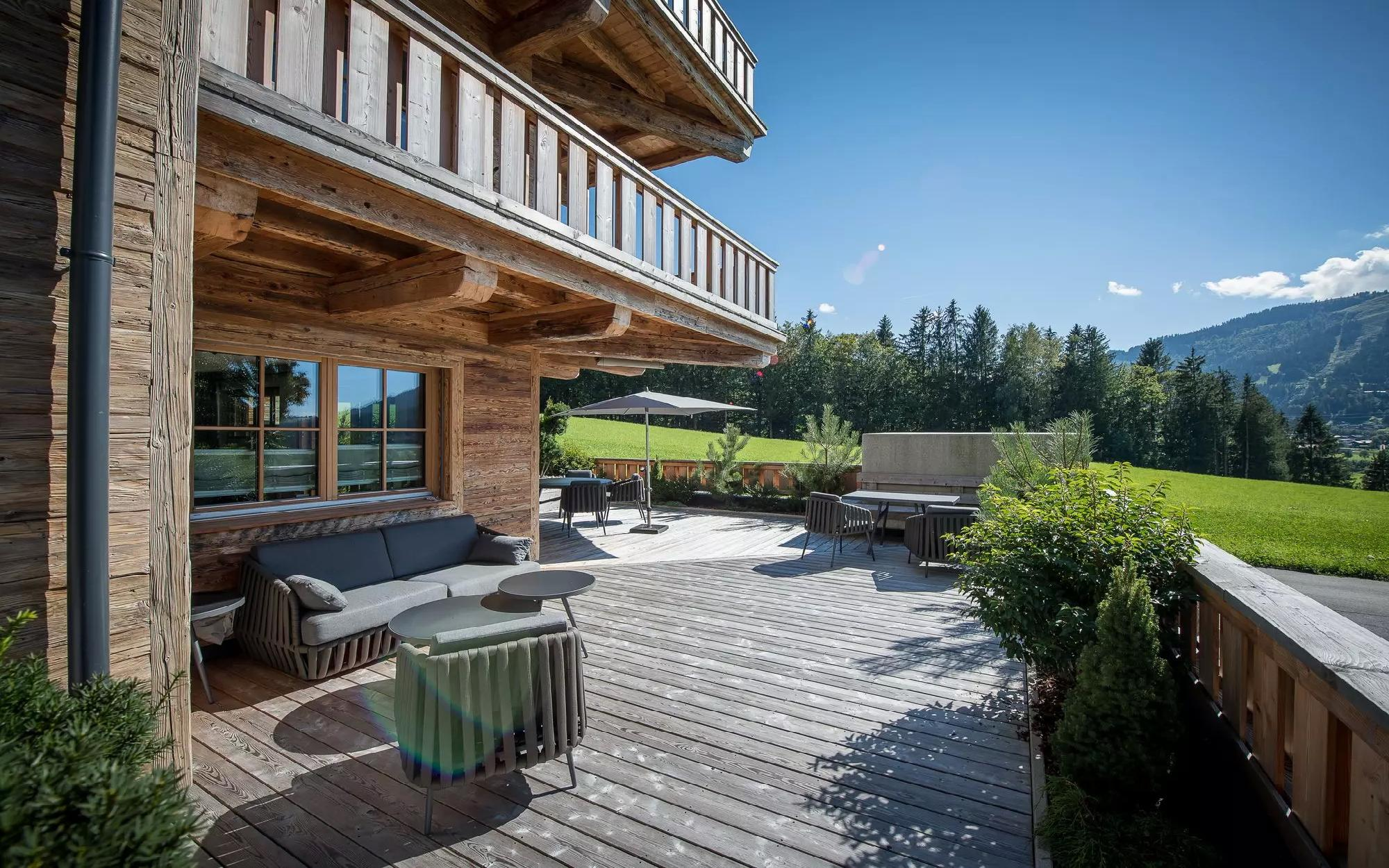 Furnished luxury apartment in a sunny location in Ellmau for Sale