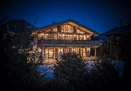 Real Estate in Austria - Furnished luxury chalet with a view of the Wilder Kaiser