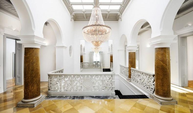 Imperial villa with office building in Vienna in exclusive location for Sale